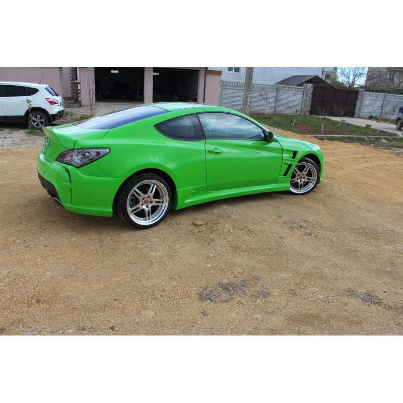 2011 HYUNDAI GENESIS COUPE ASTON MARTIN BODY KIT