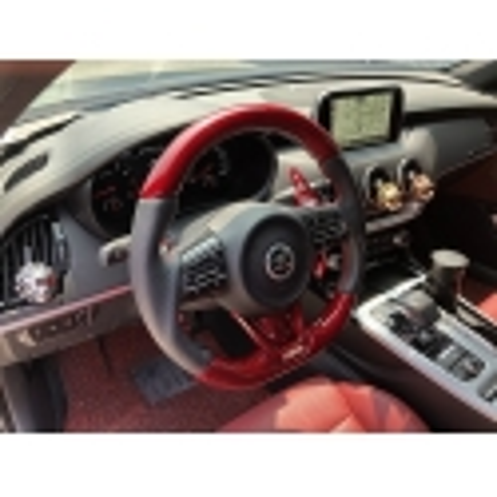 3.3 GT Carbon Fiber D-Cut Steering Wheel